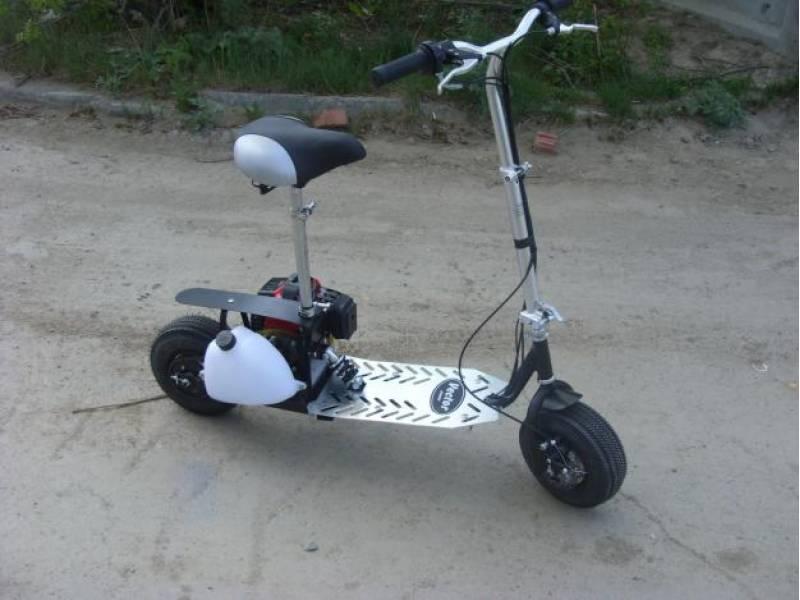 Самокат с мотором на бензине
